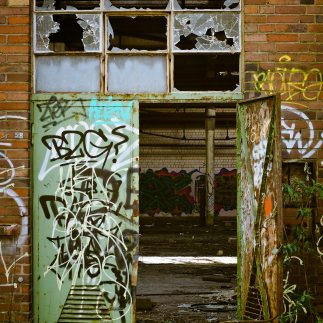 factory-lapsed-ruin-old-factory-162511